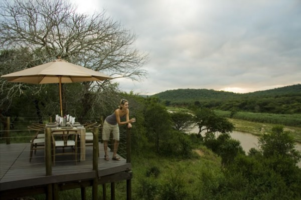 hluhluwe umfolozi game reserve accommodation bookings