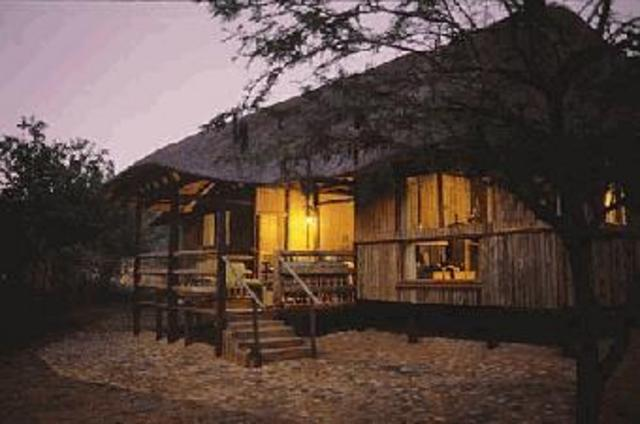 ithala game reserve Mbizo Bush Camp
